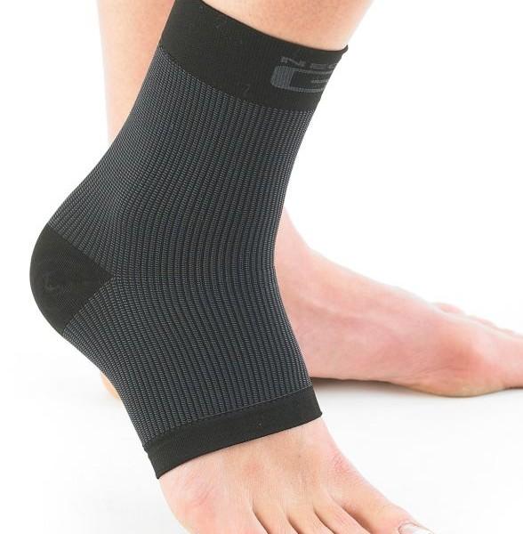 Neo G Airflow Ankle Support -Medium 1